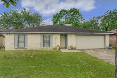 Friendswood Single Family Home For Sale: 16734 Bougainvilla Lane