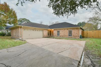 Single Family Home For Sale: 16619 Glamis Lane