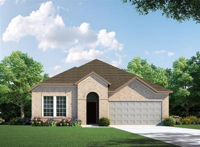 Conroe Single Family Home Pending: 412 Callery Pear Court