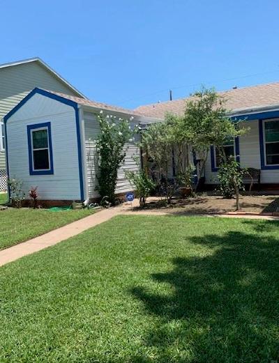 Galveston TX Single Family Home For Sale: $189,000