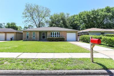 Single Family Home For Sale: 17002 David Glen Drive