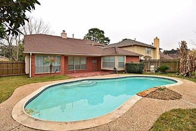 Sugar Land Single Family Home For Sale: 16338 Flint Run Way