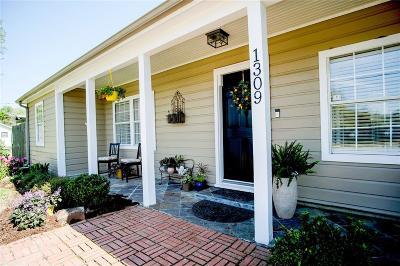 League City Single Family Home For Sale: 1309 E Walker Street