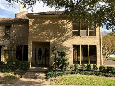 Houston Condo/Townhouse For Sale: 15703 Tanya Circle