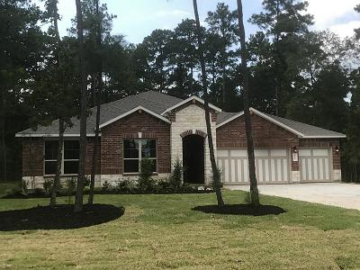 Conroe Single Family Home For Sale: 8007 Bay Bend Drive