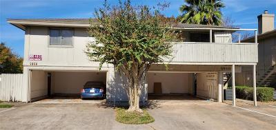 Condo/Townhouse For Sale: 5650 Birchmont Drive #D