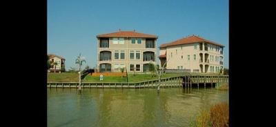 Seabrook Condo/Townhouse For Sale: 4105 Boardwalk Boulevard