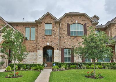 Houston Condo/Townhouse For Sale: 9142 Sunlight Oak Lane