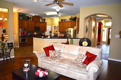 Magnolia Single Family Home For Sale: 12127 Oak Haven W