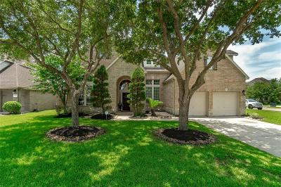 League City Single Family Home For Sale: 5314 Blue Cypress Lane