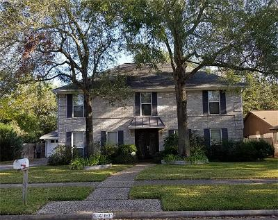 Single Family Home For Sale: 4211 Long Grove Drive