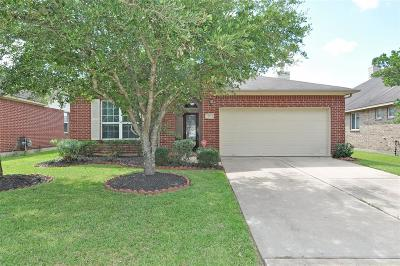 Pearland Single Family Home For Sale: 2712 Mystic Cove Lane