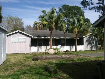 Bacliff Single Family Home For Sale: 326 Texas Avenue