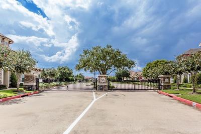 Missouri City Condo/Townhouse For Sale: 4333 Lake Run Drive