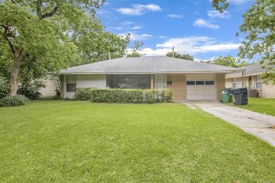 Houston Single Family Home For Sale: 5610 Meadow Creek Lane