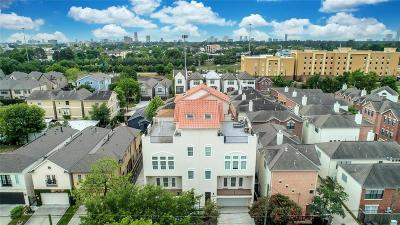 Cottage Grove Condo/Townhouse For Sale: 5809 Darling Street #B