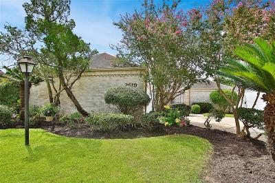 Sugar Land Single Family Home For Sale: 2919 Country Club Boulevard