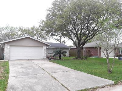 Friendswood Single Family Home For Sale: 4334 Lucian Lane
