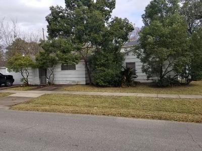 Single Family Home For Sale: 1858 Libbey Drive