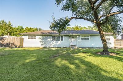 La Porte Single Family Home For Sale: 3333 Bayer Street