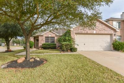Cypress TX Single Family Home For Sale: $185,000