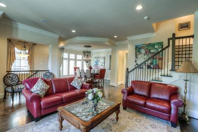 The Woodlands Condo/Townhouse For Sale: 35 Colonial Row Drive