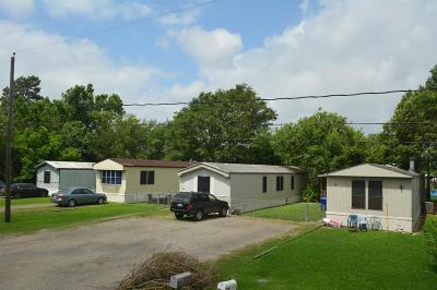 Highlands Multi Family Home For Sale: 106 Gossett Street