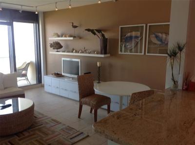 Galveston Mid/High-Rise For Sale: 1401 E Beach Drive #1108