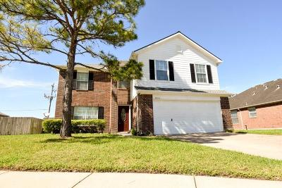 Pearland Single Family Home For Sale: 3217 Maryfield Lane