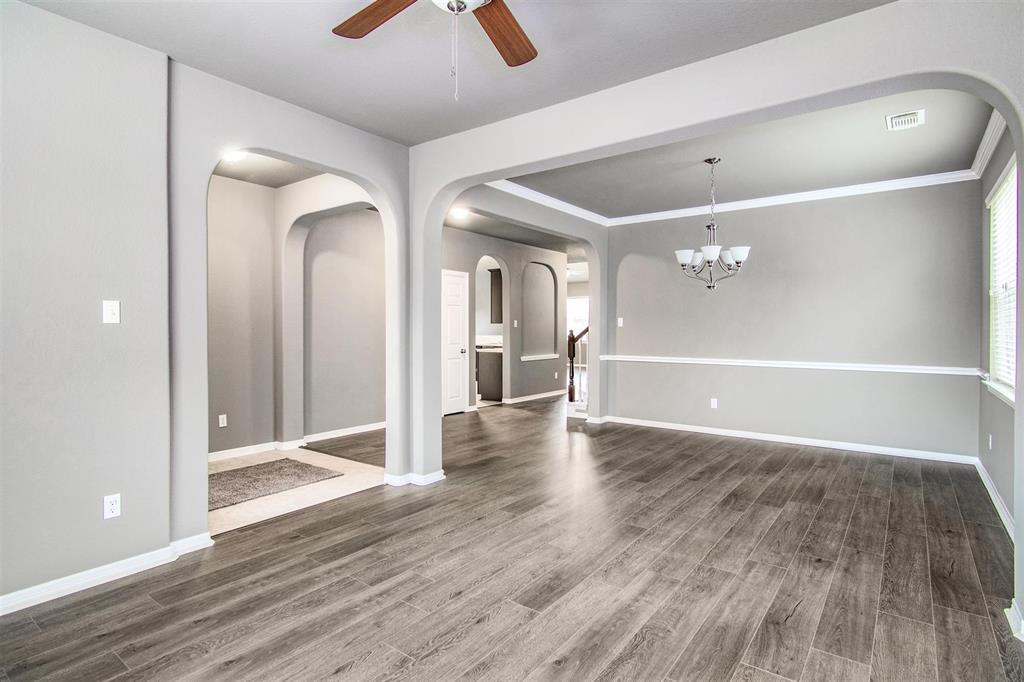Listing 2023 Running Brook Lane Pearland Tx Mls 37978207 Erica Moutan Williams 713 459 4908 Homes For