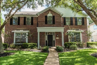 Pasadena Single Family Home For Sale: 6915 Royal Knoll Court
