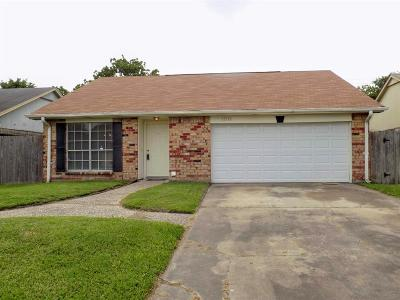 Galveston County, Harris County Single Family Home For Sale: 13518 Townwood Drive