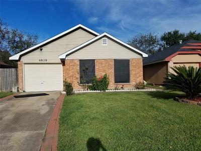 Rosenberg Single Family Home For Sale: 4809 Dogwood Drive