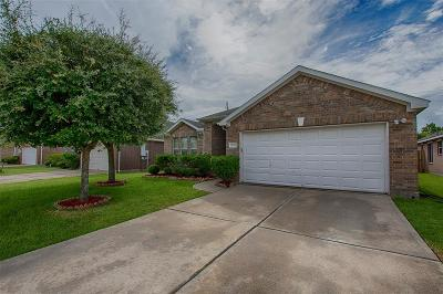 Pearland Single Family Home For Sale: 2614 Cypress Springs Drive