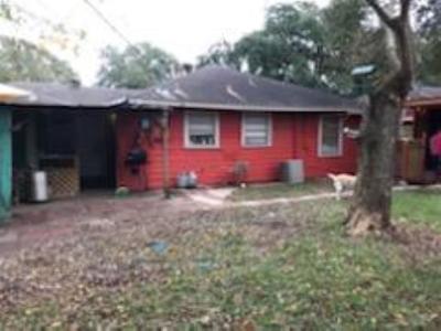 Pasadena Single Family Home For Sale: 2202 Commander Street
