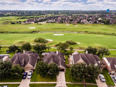 League City Single Family Home For Sale: 5413 Magnolia Green Lane