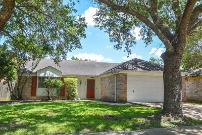 Sugar Land Single Family Home For Sale: 3939 Issacks Way