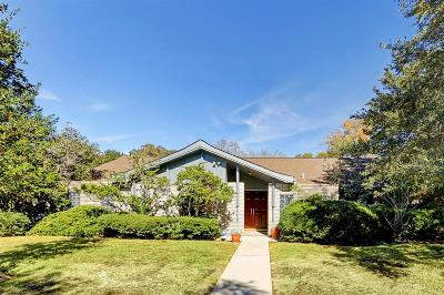 Houston Single Family Home For Sale: 5214 Queensloch Drive