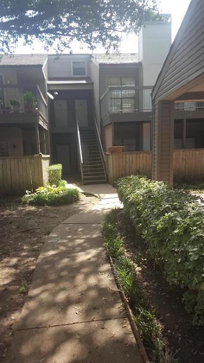 Houston Condo/Townhouse For Sale: 9707 Richmond Avenue #106