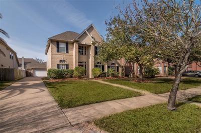 Seabrook Single Family Home For Sale: 2527 Acadiana Lane