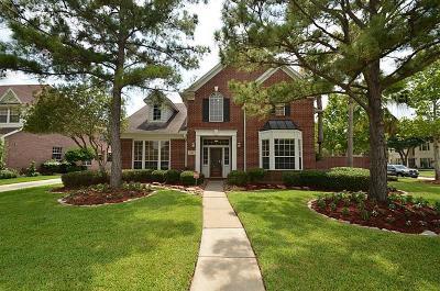 Single Family Home For Sale: 16806 Laguna Springs Drive