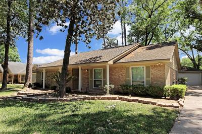 Houston Single Family Home For Sale: 7210 Bayou Oaks Drive