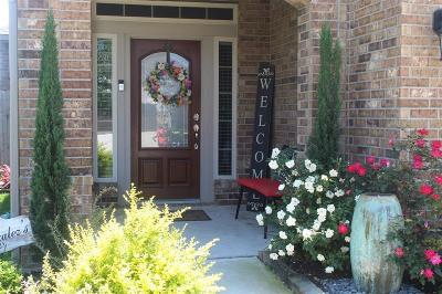 La Porte Single Family Home For Sale: 115 Bayside Crossing Drive
