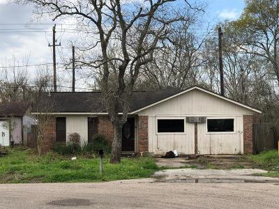 Pearland Single Family Home For Sale: 1106 Glenda Street