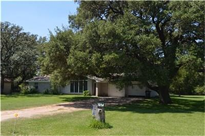 Columbus TX Single Family Home For Sale: $249,000