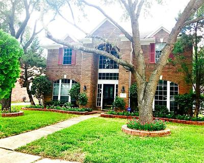 Pearland Single Family Home For Sale: 2720 W Oaks Circle