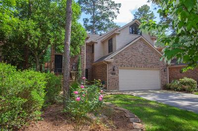 The Woodlands Condo/Townhouse For Sale: 20 Fairway Oaks Place