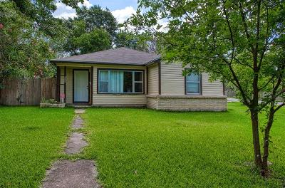 Houston Single Family Home For Sale: 1007 Westmont Drive