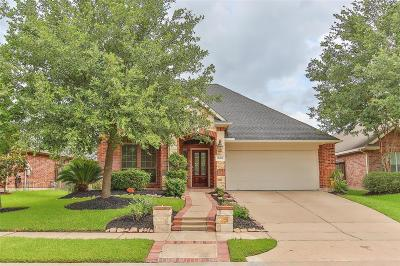 Cypress Single Family Home For Sale: 18414 S Raven Shore Drive