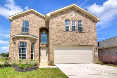 Humble Single Family Home For Sale: 11307 Creekway Bend